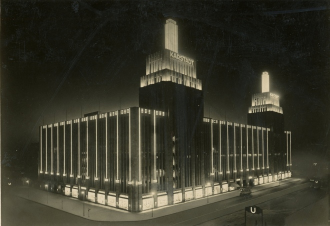 karstadt-by-night-in-the-1930s-from-fickr-old-images